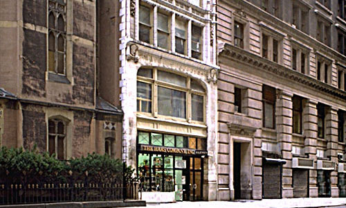 Kew Property Exterior of Building at 11 West 25th Street NoMad NYC