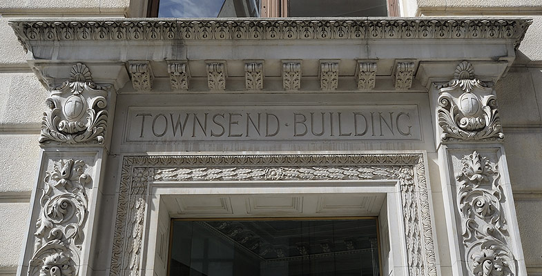 1123 Broadway Entrace to Kew Management Offices in NoMad NYC