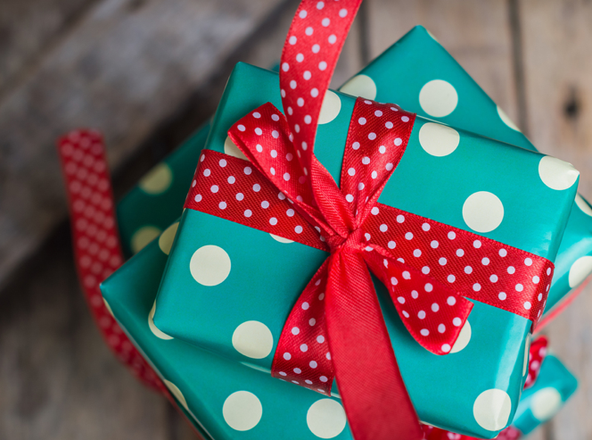 Treat Yourself this Holiday Season and Ship Your Presents Painlessly